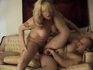 Fat mature tranny fucks her guy